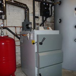 Chaudière à bûche de 25 kw avec hydro-accumulation de 1500 litres