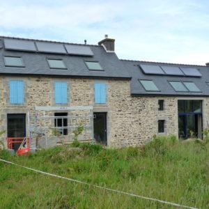 Champ de panneaux solaires thermiques de 14 m2